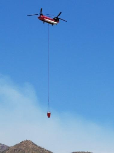chinook helicopter with bucket