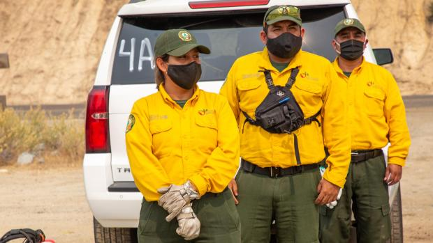 Mexico Crews staging before heading to Castle Fire