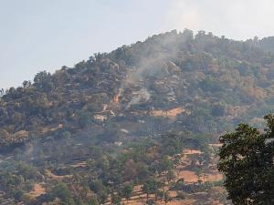 Flames continue on the Mountain Fire above Springville