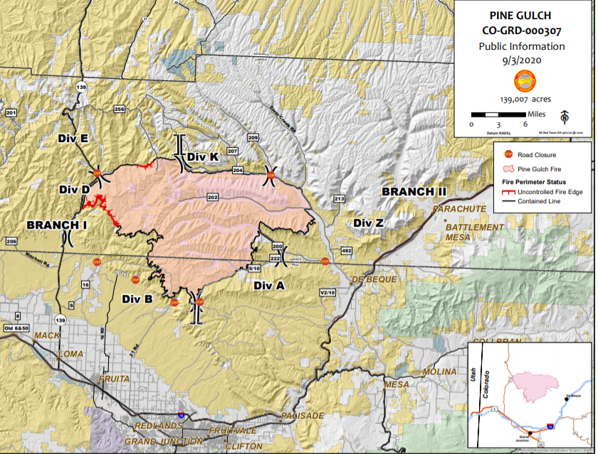 Map showing the fire perimeter and fire containment lines.