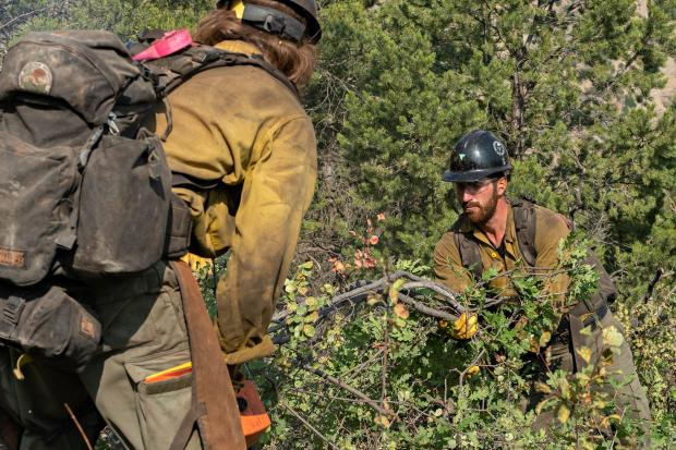Grizzly Creek Fire Crews removing fuels