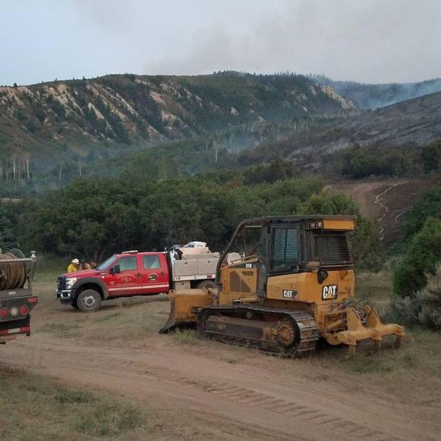 Grizzly Creek Fire contractors and firefighters