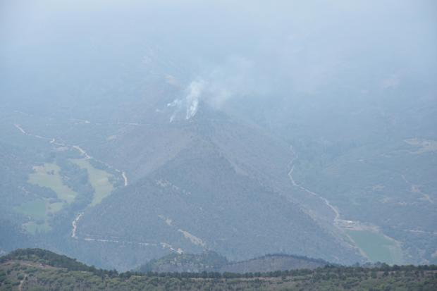 Grizzly Creek Fire from a ridgeline