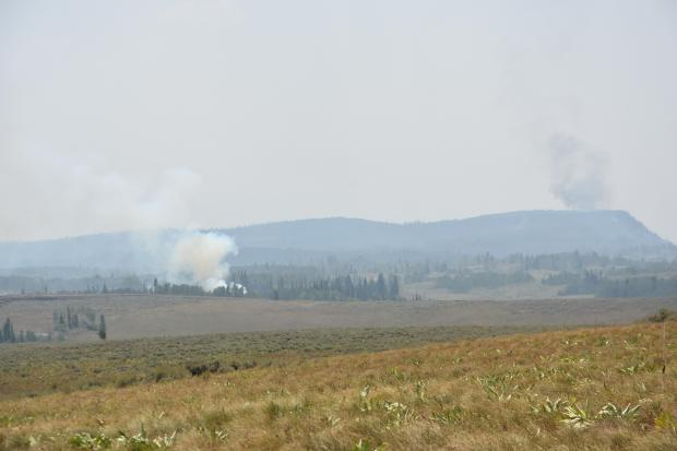 Grizzly Creek Fire picture