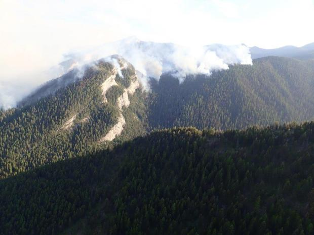 The Snow Creek Fire as seen looking south backing down into the Hungry Creek drainage.