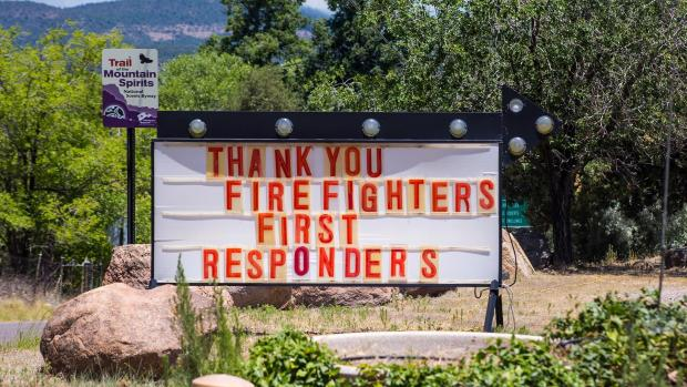 Image of sign with Thank You to fire fighters and first responders from the local community during Tadpole Fire 06/20/2020