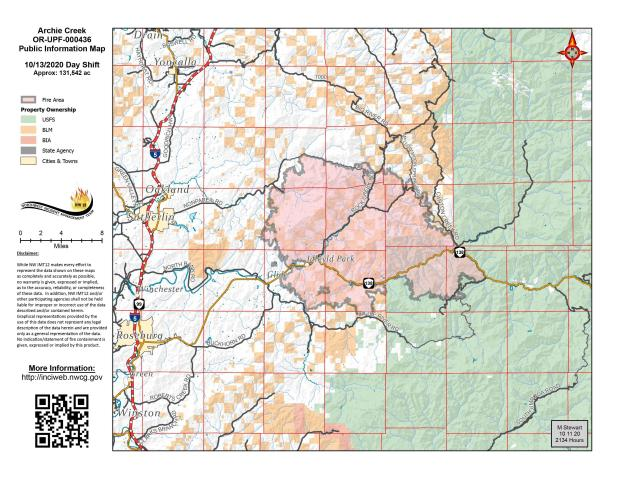 Map showing fire perimeter and containment lines.