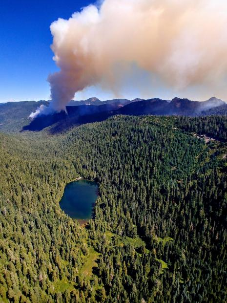 Beachie Creek smoke plume with Opal Lake in the forground