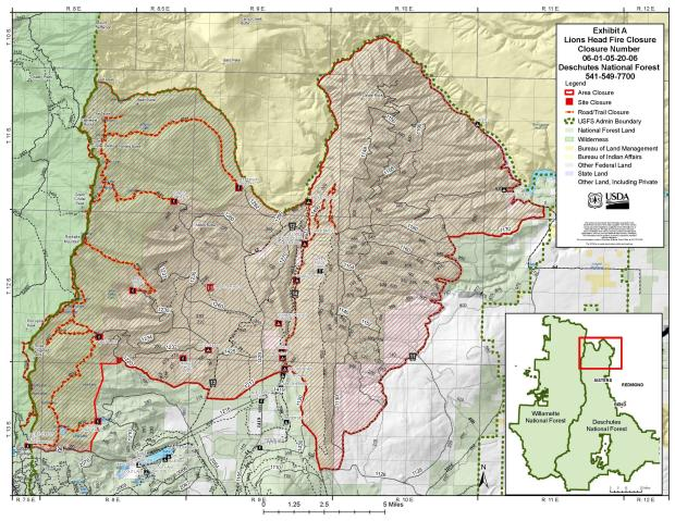 Map showing outline of Deschutes NF closed areas due to Lionshead Fire