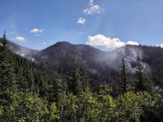 August 21 smoke seen on SW flank of the fire